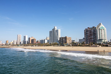 Foto op Canvas Zuid Afrika Ocean and Beach Against City Skyline Durban South Africa