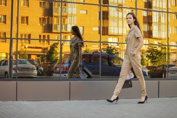 Fashion city portrait of stylish woman