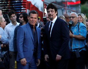 "Cast members Brolin and Del Toro attend the premiere for the movie ""Sicario: Day of the Soldado"" in Los Angeles"