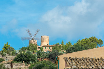 Photo sur Plexiglas Moulins Windmühle in Andratx, Mallorca
