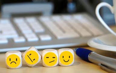 Emoticons auf Würfel