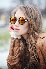 Perfect girl fashion model in sunglasses, portrait