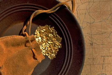 Gold Pouch, Gold Nuggets, Gold Pan, and Map