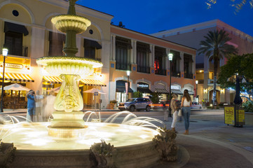 Fountain at West Palm Beach at night