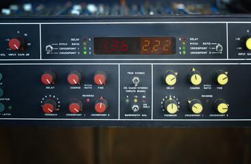 vintage effect processor