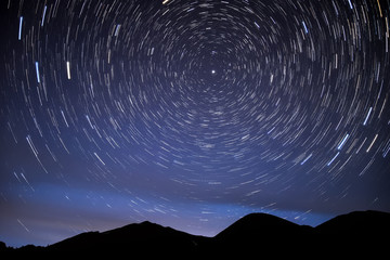 mountains star tracks sky glow