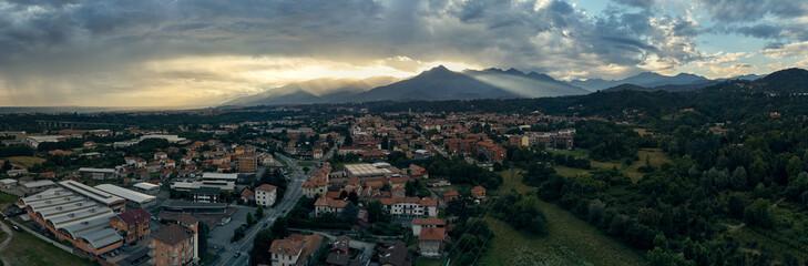Panorama Città di Biella in elicottero