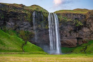 Photo sur Aluminium Vert Selyalandfoss waterfall in Iceland