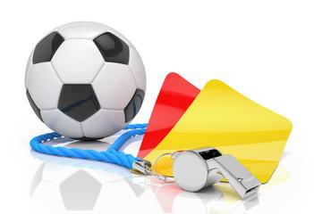 Schiedsrichterpfeife mit gelber und roter Karte und Fussball