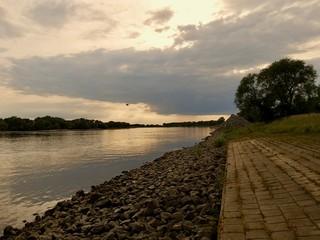 Elbe bei Sonnenuntergang  Fotomurales
