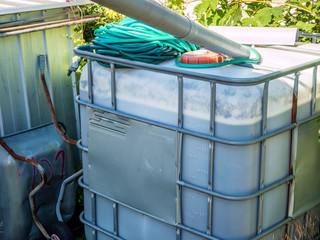 Wassertank im Garten
