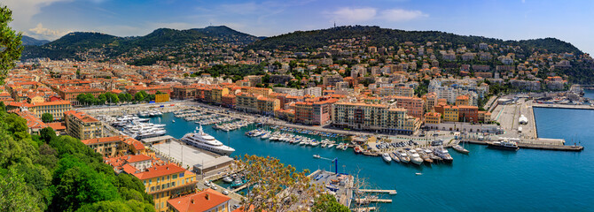 Photo sur Plexiglas Nice Nice city coastline on the Mediterranean Sea