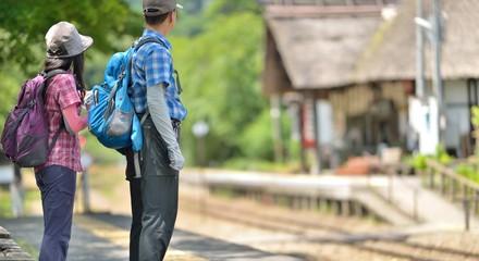 ローカル線・旅の二人