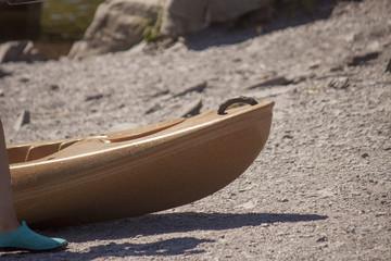 A kayak on the lakes edge