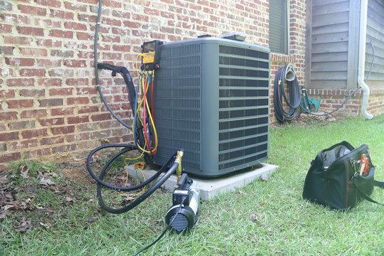 Air Conditioner Maintenance Gauges Tools