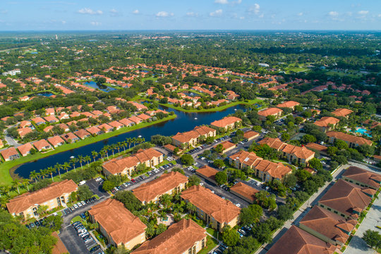 Homes and townhomes in West Palm Beach Florida