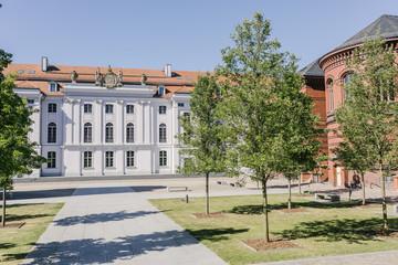 Hauptgebäude und Historischer Campus der Universität Greifswald