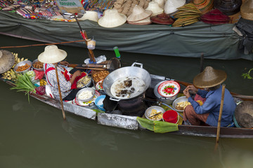 floating market in bangkok