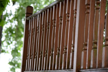 darker stain wood balusters for deck railing