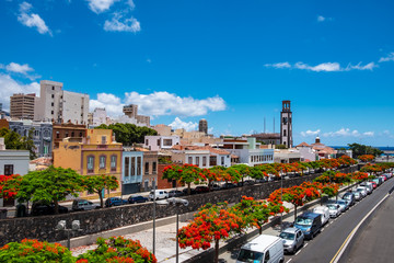 Ein Rundgang durch Santa Cruz der Hauptstadt von Teneriffa.