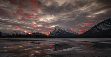 Splendid morning glow in the Vermilion Lakes in winter, Banff National Park, UNESCO World Heritage Site, Alberta, The Rockies, Canada, North America