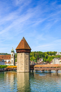 Water tower and Chapel Bridge (Kapellbrucke)