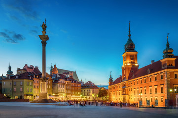 Royal Castle, ancient townhouses and Sigismund's Column in Old town in Warsaw, Poland. Night view, long exposure.