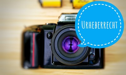 Camera with in german Urheberrecht in englisch copyright