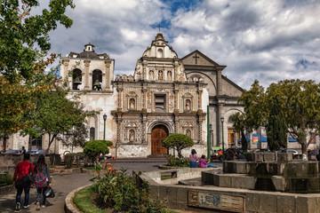 Catedral del Espíritu Santo de Quetzaltenango, Parque Centro América, Guatemala