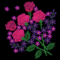 Embroidery stitches imitation pink roses