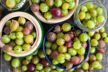 Fresh gooseberries in a clay bowl