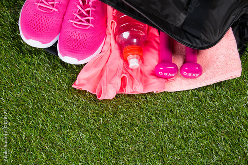90eddd09a3 pink clothes and accessories for fitness