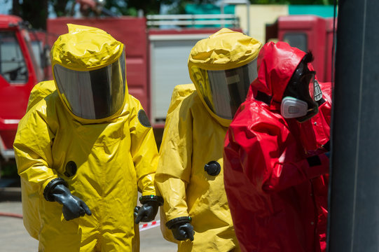 Fireman and hazard protection suit
