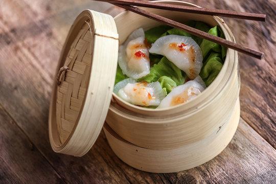 ravioli chinois gyôza panier vapeur