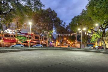 Türaufkleber Buenos Aires Plaza Serrano in Palermo Soho at night - Buenos Aires, Argentina