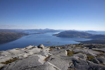 Hike to mount Lysingen