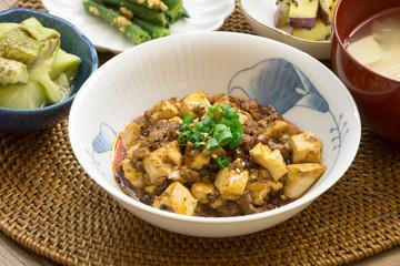 麻婆豆腐 定食