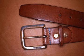 Ремень с пряжкой belt with buckle