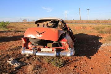 Schwerer Verkehrsunfall mit Oldtimer auf Kuba (Karibik)