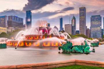 Wall Mural - Chicago, Illinois, USA Fountain and Skyline
