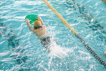 スイミングスクール, プール, 競泳, 子供, 練習, スイミング, スクール, ビート板, クラブ, 泳ぐ