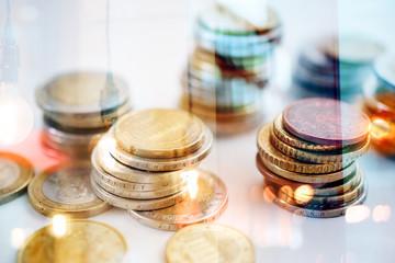 Geld Finanzen und Sparen