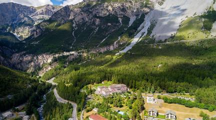 Bormio - Valdidentro - Valtellina (IT) - Bagni Nuovi e Vecchi - Vista aerea panoramica