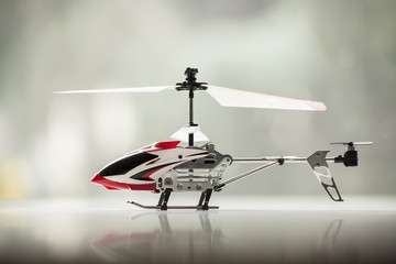 Model radio-controlled helicopter