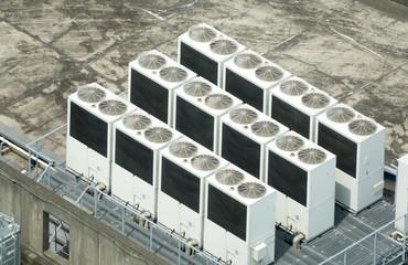 ビルの屋上・イメージ・空調設備