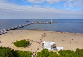 Plaża w sopocie polskie morze bałtyckie
