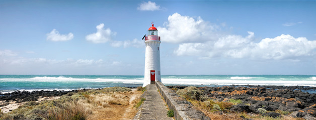 Port Fairy Lighthouse, Griffiths Island, Great Ocean Road, Victoria, Australia