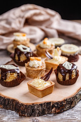 Small sweet cakes