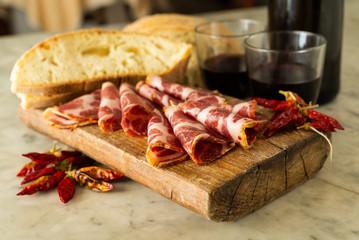 Fette di capocollo, tipico salame piccante dell'Italia meridionale