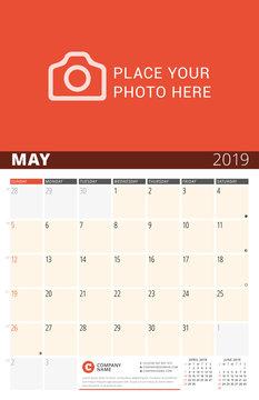 Moon Phase Calendar 2019 Photos Royalty Free Images Graphics Vectors Videos Adobe Stock